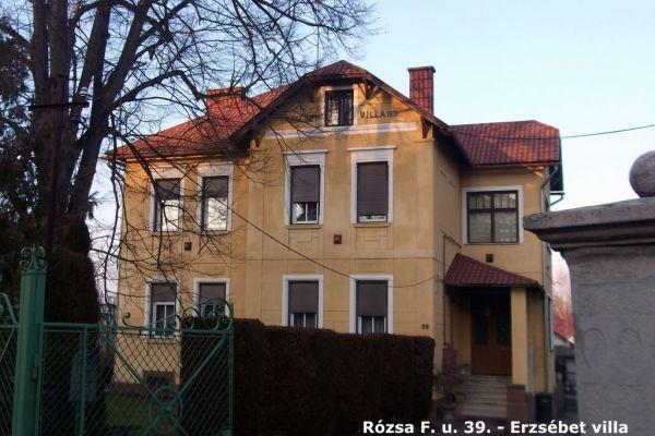 rf-39-erzsebet-villa-dscf0238b26c5239-a252-1cd9-5882-17d6807338269D47BD40-B23C-4301-3999-AD9E6458289D.jpg