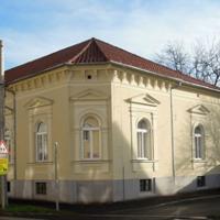 Polgári épületek, magánházak